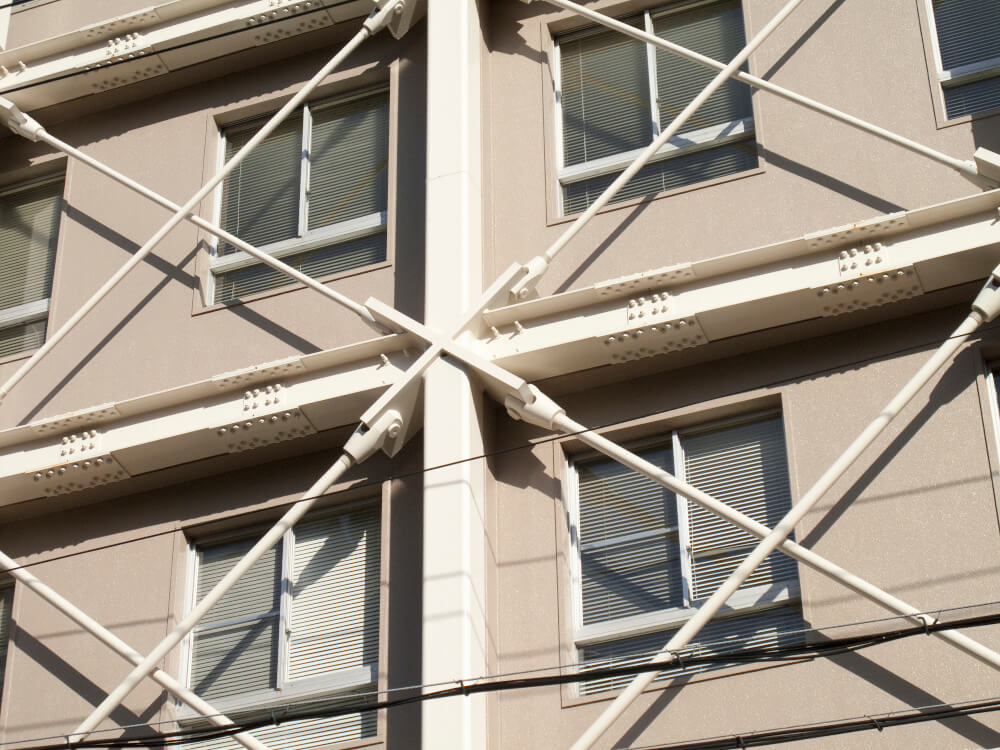 日本では欠かせない地震対策。耐震リフォームの価格相場は?補助金や減税も解説