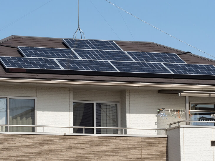 太陽光パネルの設置:1kWあたり24万~35万円