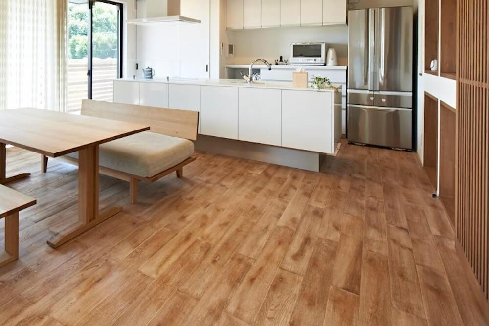 床の張り替えリフォーム費用はいくら?床材の種類、張り方をまとめて解説