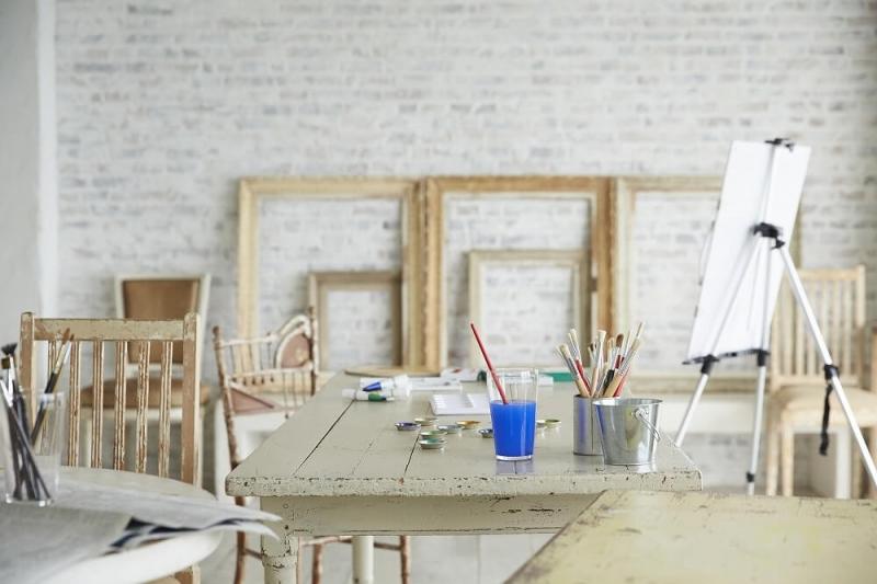 アトリエとは?作り方からインテリアのコツを紹介。集中できる作業スペースにしよう
