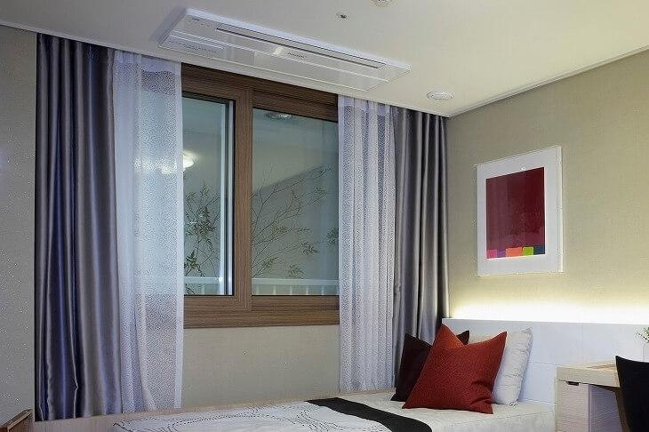 天井付け納まりは掃除の手間がかからず、部屋の雰囲気をすっきりとさせたい人におすすめ