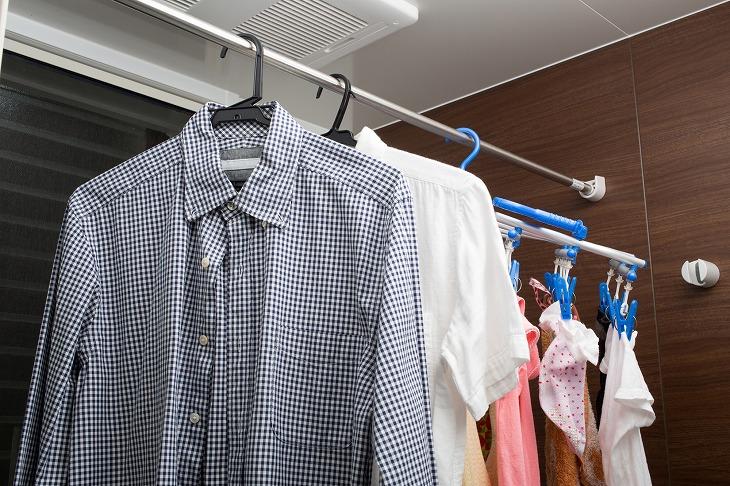浴室乾燥機って必要?設置のメリットや時間、電気代の目安、掃除方法を紹介