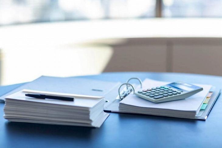 事前審査後の本審査に必要な期間は約1~2週間。金融機関によって審査期間は多少異なる