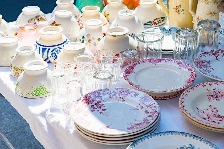 大きさの違う食器やグラス、カトラリーなどの収納術を知ると便利になる