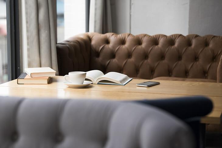 ソファダイニングは、ソファとテーブルのバランスと、ソファの使い勝手・お手入れのしやすさが大切。セットで購入すれば失敗なし