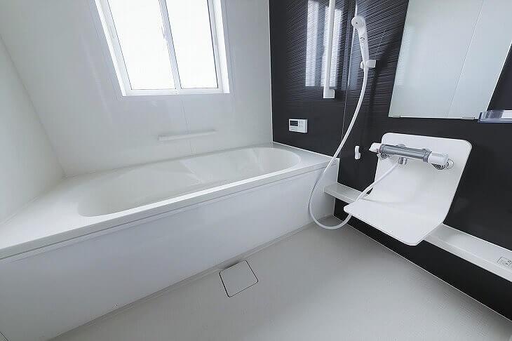 浴室の広さや家族構成にマッチしたユニットバスを選んで、お風呂場を快適な癒しの空間に