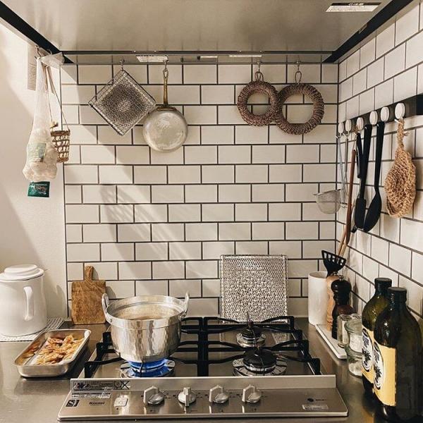 キッチンにはタイルがよく似合う