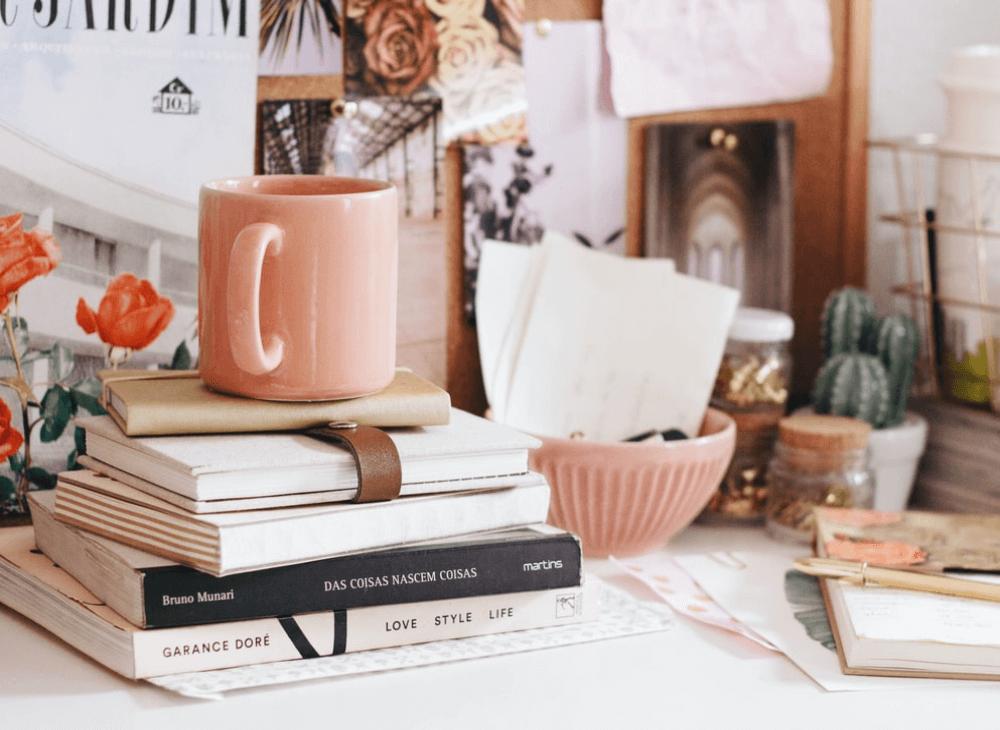 おしゃれで可愛い部屋の作り方。収納やレイアウトのポイント、おすすめのインテリア雑貨を紹介
