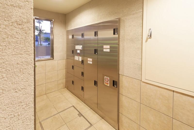 宅配ボックスとは?自作方法や使い方、戸建て・マンションにおすすめの後付けアイテムを紹介