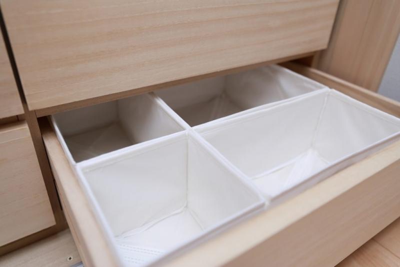 引き出しの収納アイデアだけでなく、掃除やレイアウト変更にも最適な機能を付けておくと、より便利な収納術が完成する