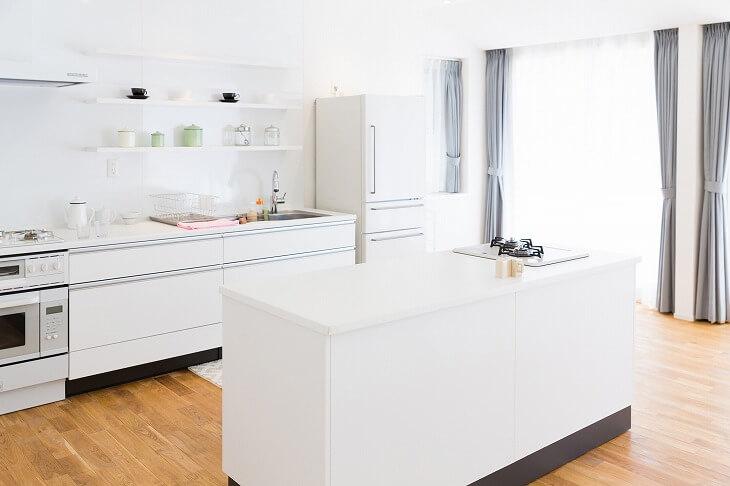 自由度の高いアイランドキッチンは、自分好みのおしゃれなレイアウトにできる