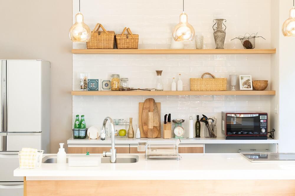 カウンターキッチン周りをおしゃれに見せるための方法と実例