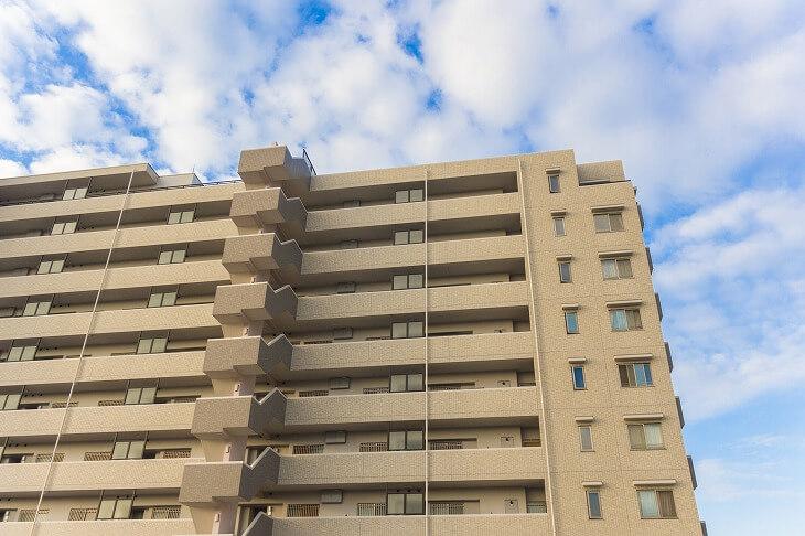 ワンルーム・中古一戸建て・アパートとさまざまな物件がある中、最初はより初心者向けの物件を選んで不動産投資をはじめよう