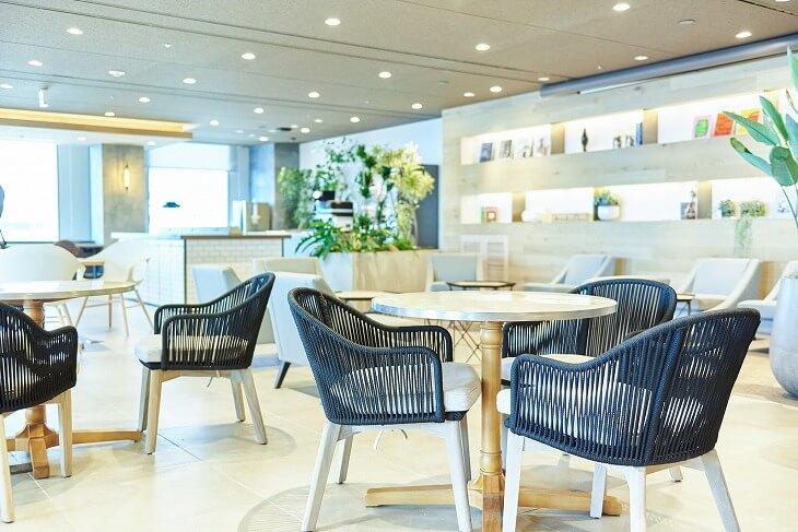 訪問者の多いオフィスでは、リノベーションによって会社の印象を向上させることも可能