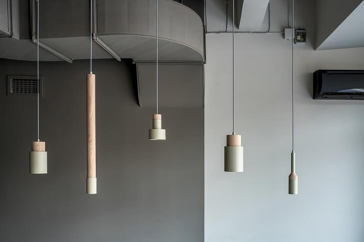 照明にこだわってスタイルに合わせたものをチョイスすれば、モダンな雰囲気の中に個性を出しやすい