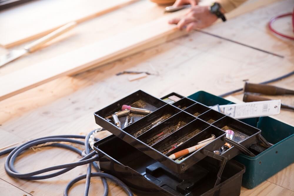 DIY工具の収納方法。工具類を整頓するアイデアと自作スペースの活用法