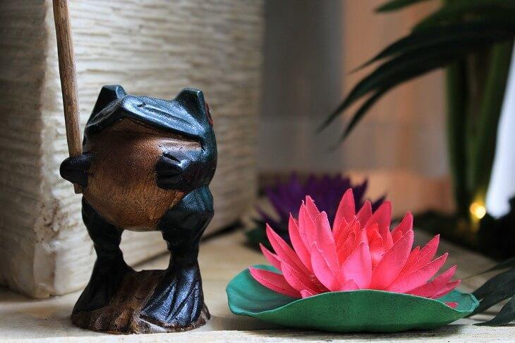 小物雑貨は部屋とのバランスが大事なので、インテリアが全体的にまとまってから飾る
