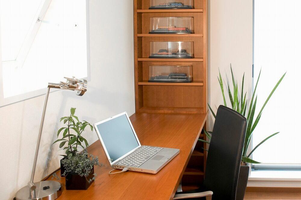 在宅勤務(テレワーク)をリノベーションで快適に。ワークスペースの実例と作り方