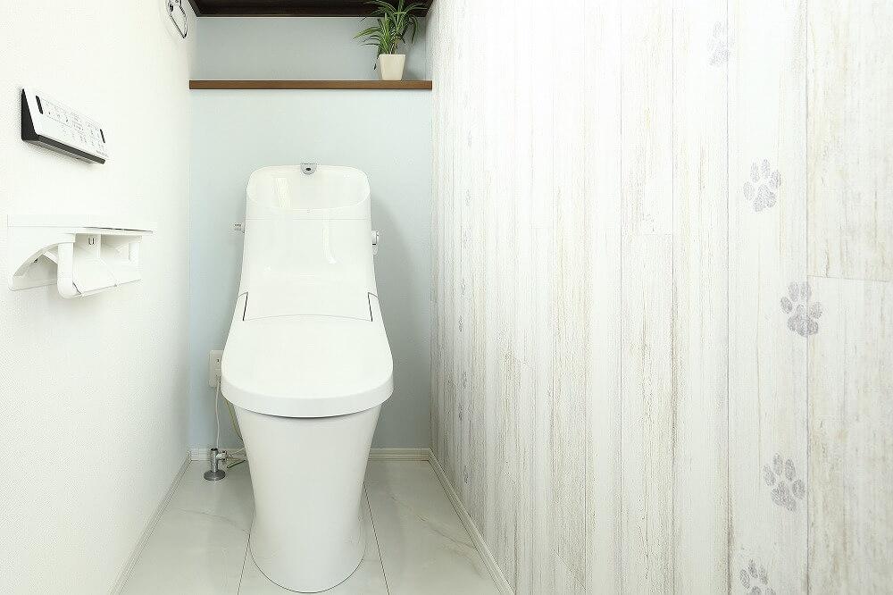トイレを和式から洋式にリフォームする費用は?