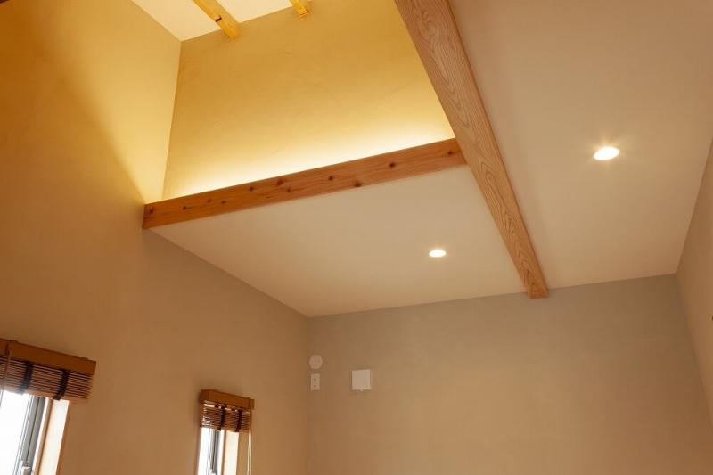 その天井、デッドスペースになってない?天井収納でスペースを有効活用するアイデア