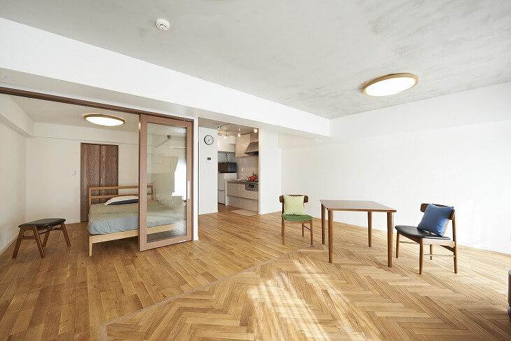 費用に余裕があれば床、建具、設備の質感にこだわる