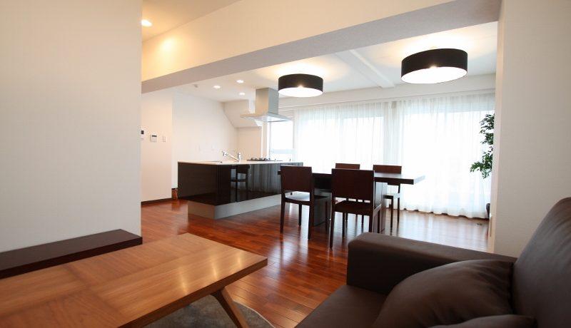 リビングに居てもキッチンとダイニングが見渡せる広々とした空間