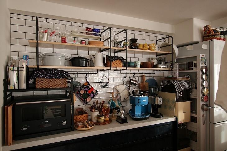 キッチンや洗面所の水回りには「サブウェイタイル」を
