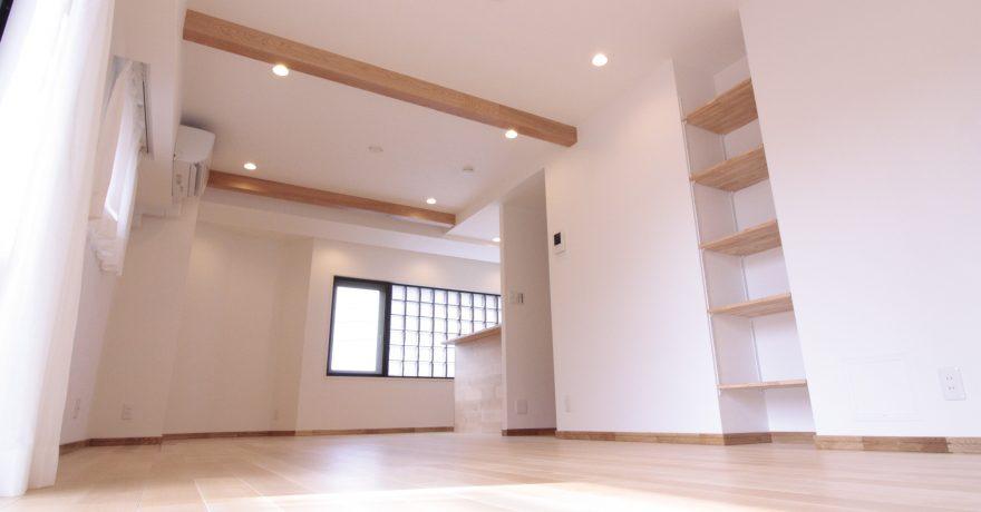 東京都世田谷区 閑静な住宅地にたたずむ、生まれ変わった「コの字」型住宅