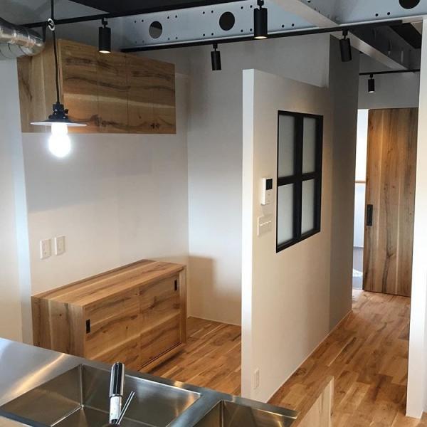 木目が美しいキッチン