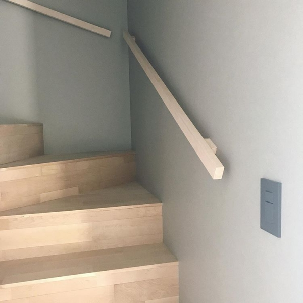 階段素材に活用して裸足で感じる「肌ざわり」