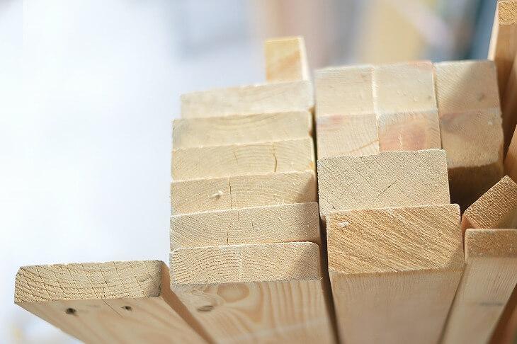 白樺の木材