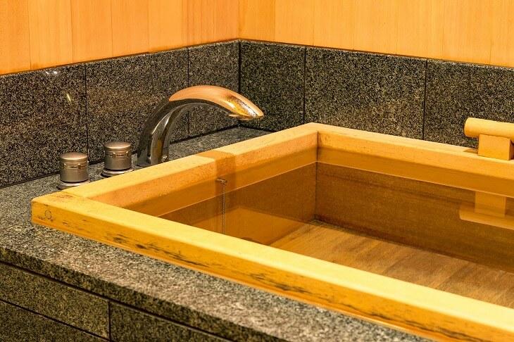 檜風呂のお手入れ方法は?