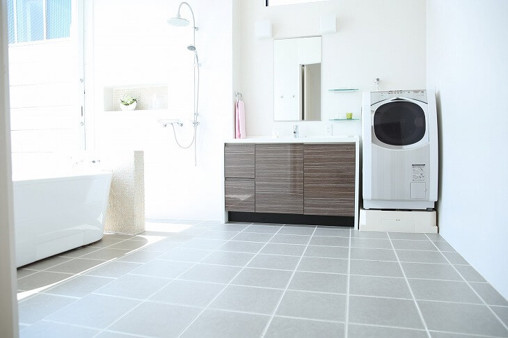 脱衣所の床の張り替え|床材の種類と特徴、費用相場