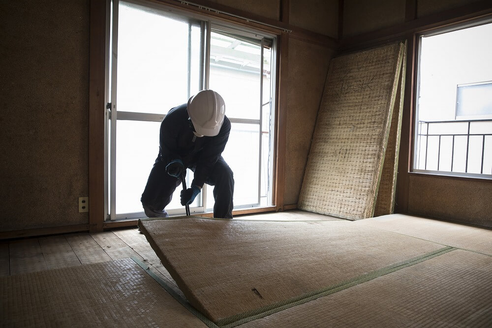 畳をフローリングに変える価格は?DIYで張り替えも可能?費用や素材など施工法別に解説