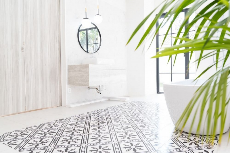 浴室の床リフォーム 床材の特徴と選び方、費用相場やおすすめのメーカーを解説