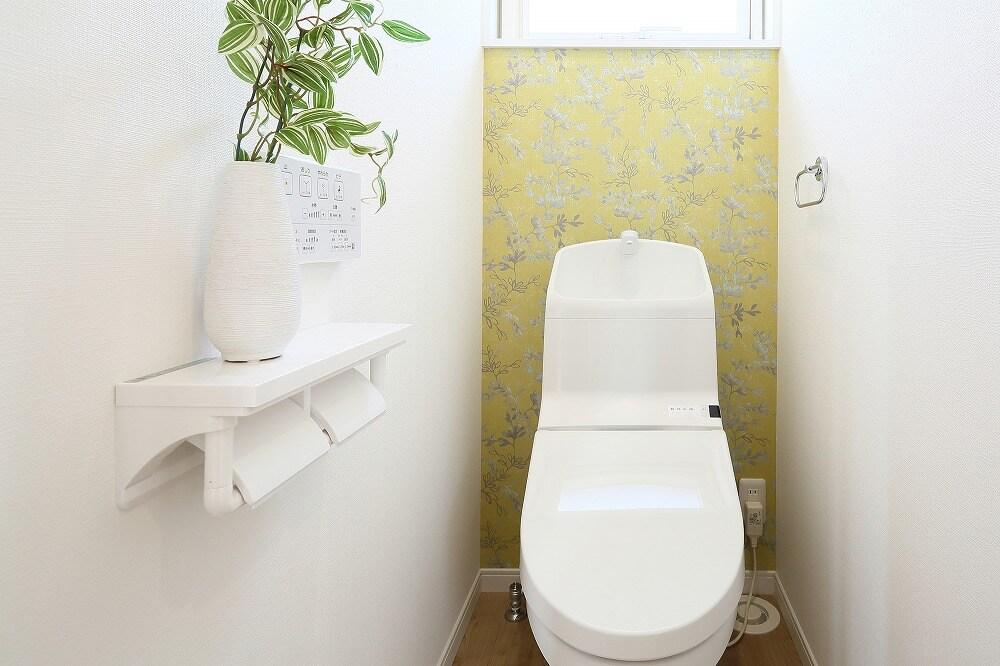 トイレをリノベーションしてスタイリッシュな空間に。セルフリノベ・DIY、リノベーション費用相場を解説