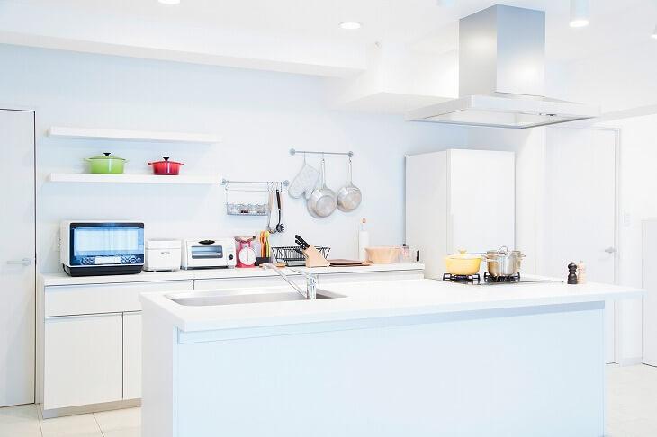 キッチン移動の費用相場を、人気のパターンから紹介
