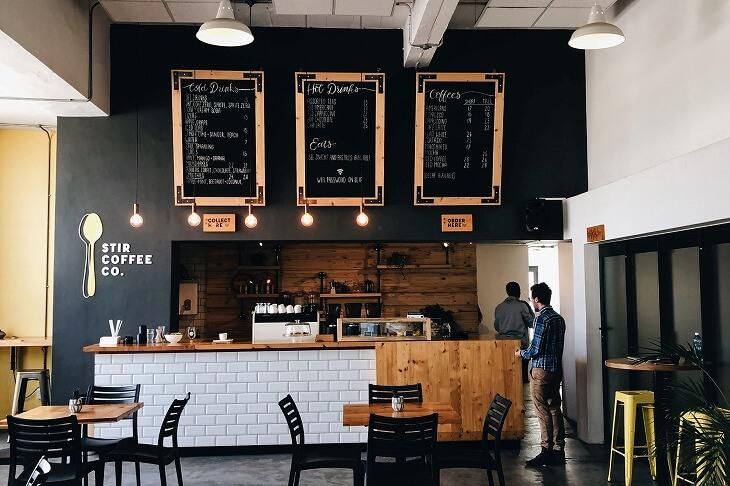 カフェやサロン、ラウンジなどおしゃれな店舗からイメージを得る
