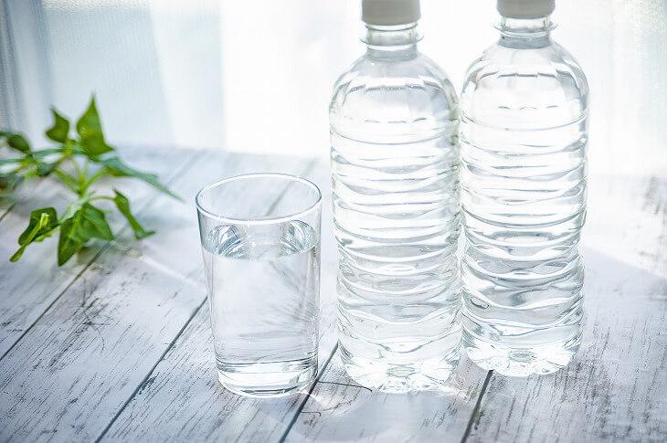 商品ラベルははがすか、ボトルに移し替える