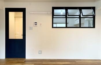 【ヴェルドミール柳橋 501号室】スカイツリーを眺めるこだわりのデザインルーム